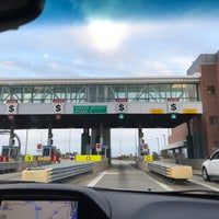 Photo taken at Toll Plaza 1 by ShaSha L. on 11/6/2017
