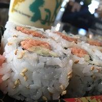 Photo taken at Osaka Sushi Express & Fresh Fruit Smoothies by Robert S. on 7/26/2016