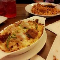 Photo taken at Papa John's by Ayuni J. on 11/23/2012