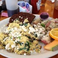 Photo taken at Cafe on Park by Natty C. on 11/18/2012