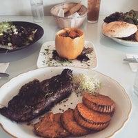 Foto tomada en NOA Catering por Sze L. el 4/8/2015