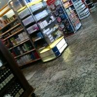 Foto tirada no(a) Cometa Supermercados por rafael q. em 10/9/2012
