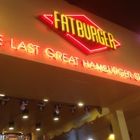 Photo taken at Fat Burger by Susan Baggott G. on 11/29/2012