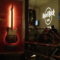 Foto tomada en Hard Rock Cafe Barcelona por Irene F. el 3/30/2013