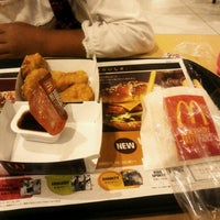 Photo taken at McDonald's by Ichiro F. on 10/21/2012
