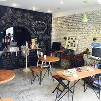 Photo taken at Blue Gate Cafe by Olivier C. on 4/24/2015