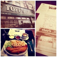 Photo taken at Toffs Fish & Chips by Anna H. on 7/25/2013