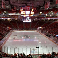 Photo taken at Natty Greene's Deck @ PNC Arena by Lance P. on 12/4/2016