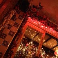 Foto tirada no(a) Pequeña por Nicole B. em 11/1/2012