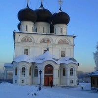 Foto scattata a Успенский Трифонов монастырь da Юлия М. il 12/7/2012