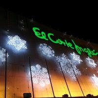 Foto tomada en El Corte Inglés por Juan G. el 12/14/2012
