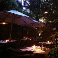 Foto tirada no(a) Constantino Café por Pati V. em 12/29/2012