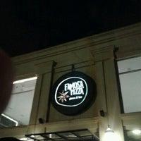 Foto diambil di Famosa Pizza oleh Rafael F. pada 12/30/2012