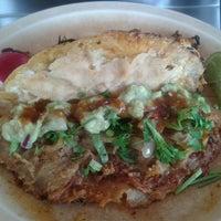 Foto tomada en Tacos de Barbacoa El Amigo por Lupita G. el 9/21/2013