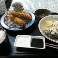 Photo taken at ラーメン・ちゃんこ鍋 豊城 by ふいんき on 5/17/2013