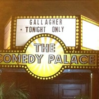 Photo taken at Comedy Palace San Diego by Scott E. on 5/8/2014