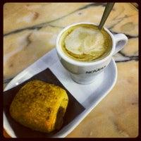 รูปภาพถ่ายที่ Cafeteria 1900 โดย Noelia K. เมื่อ 10/17/2012