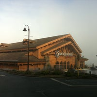 Photo taken at Snoqualmie Casino by Rachel S (. on 1/19/2013