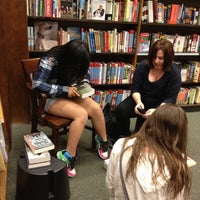 Photo taken at Barnes & Noble by Scott S. on 6/10/2013