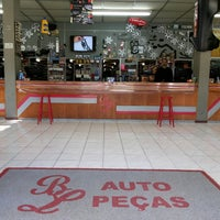Photo taken at BL Auto Peças by Bruno Fly R. on 8/4/2014