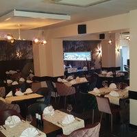 Photo taken at Tulsi Indian Restaurant by Tara S. on 2/2/2017