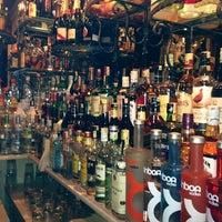 5/24/2013 tarihinde Nurziyaretçi tarafından Zeki Bar'de çekilen fotoğraf