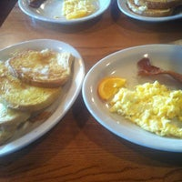Photo taken at Cracker Barrel Old Country Store by Ashleigh S. on 12/31/2012