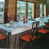 Foto scattata a Restaurante Cueva Reina da Dorothée C. il 10/8/2012