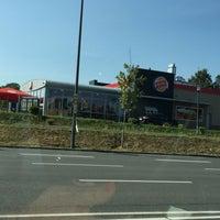 Photo taken at Burger King by Echt ✌. on 9/10/2016