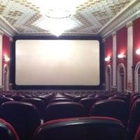 Снимок сделан в Кинотеатр «Киев» пользователем Lady O. 9/9/2013