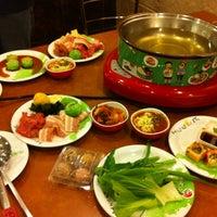 Photo taken at Hot Pot Inter Buffet by เจ้าชาย ร. on 10/2/2013