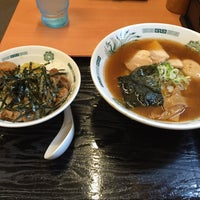 Photo taken at 日高屋 北浦和東口店 by へたれ(ぃ) on 7/8/2016