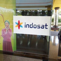 Photo taken at Galeri Indosat by Adhytia W. on 11/19/2014