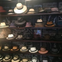 Photo prise au Goorin Bros. Hat Shop - West Village par İlkgun C. le8/20/2016