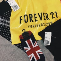 Photo taken at Forever 21 by Henrique M. on 6/6/2015