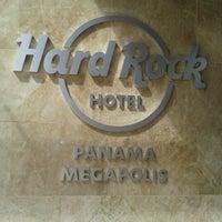 Foto tomada en Hard Rock Hotel Panama Megapolis por Marcela P. el 12/16/2012