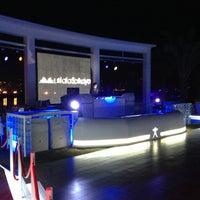 1/31/2013 tarihinde Gianluca C.ziyaretçi tarafından White X  Beach Lounge'de çekilen fotoğraf