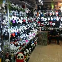 Photo taken at 秀水街 Silk Street Market by Dmitry D. on 1/7/2013