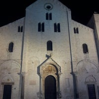 Photo taken at Basilica di San Nicola by Diletta D. on 12/22/2012