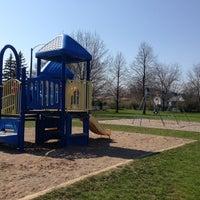 Photo taken at Sheraton Park by Vivian H. on 4/27/2013