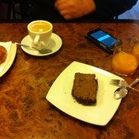 Photo taken at Maná Cafeteria Restaurante by Olga C. on 11/28/2013