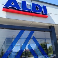 Photo taken at ALDI NORD by Peter ®. on 5/27/2013