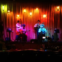 Photo taken at Hip Kitty Jazz & Fondue by Kyle E. on 10/19/2012
