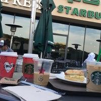 Photo taken at Starbucks Coffee - Hilton by nfh311x n. on 1/11/2018
