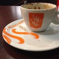 Photo taken at Grão Espresso by Daniel T. on 11/29/2013
