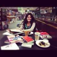 Photo taken at Barnes & Noble by Eunice C. on 12/1/2012