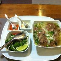Das Foto wurde bei Hai Nam Pho Bistro von Bálint P. am 4/9/2013 aufgenommen