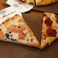 Foto tomada en La Pizza del Born por Dani D. el 10/12/2012