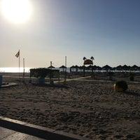 Foto tomada en Playa de la Carihuela por Steven G. el 6/21/2017