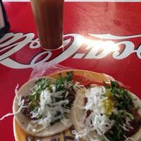Photo taken at Tacos de Cabeza estilo Sonora by Roxana E. C. on 12/12/2015